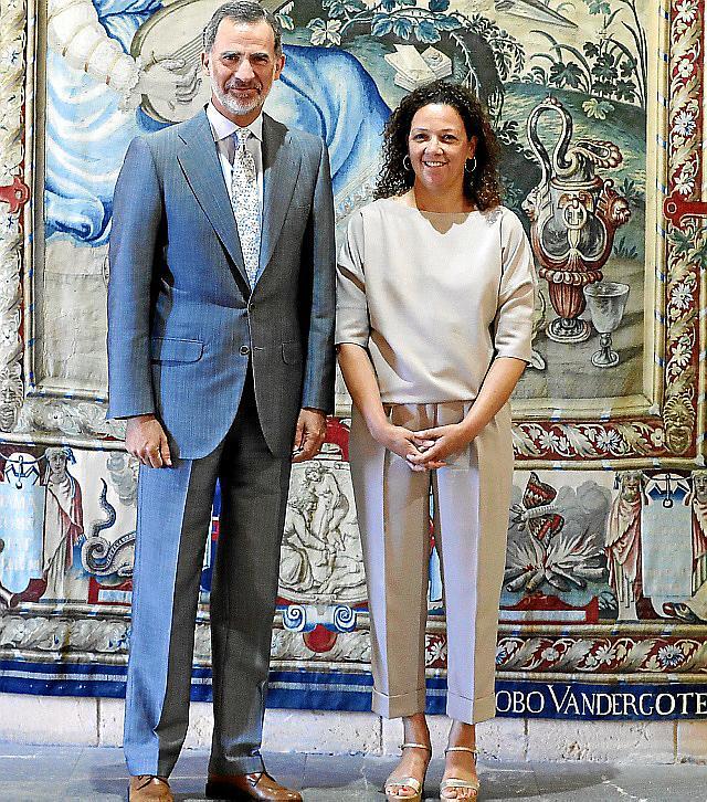 Felipe Vi se reúne con la presidenta del Consell de Mallorca