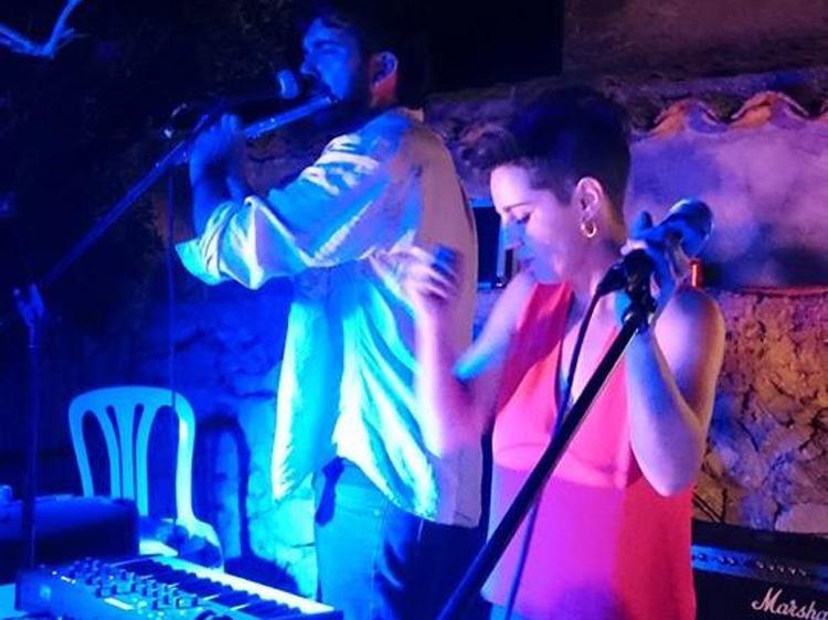 SANTANYI - El sello Adia Edicions, cinco años celebrando a pie de calle la «fiesta» de la literatura