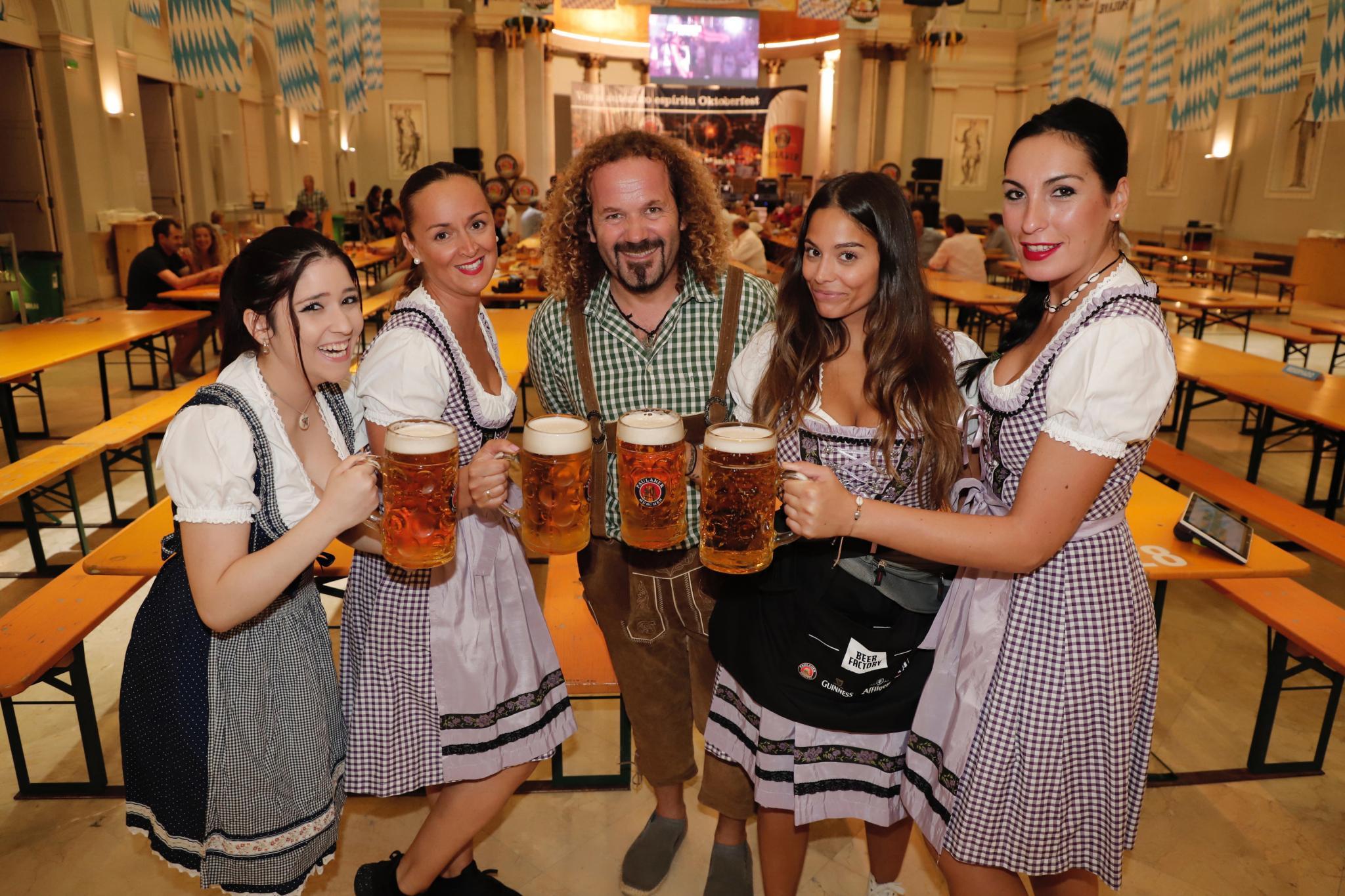 PALMA. FERIAS. Arranca la Oktoberfest de Palma. El Pueblo Español acoge la popular fiesta alemana