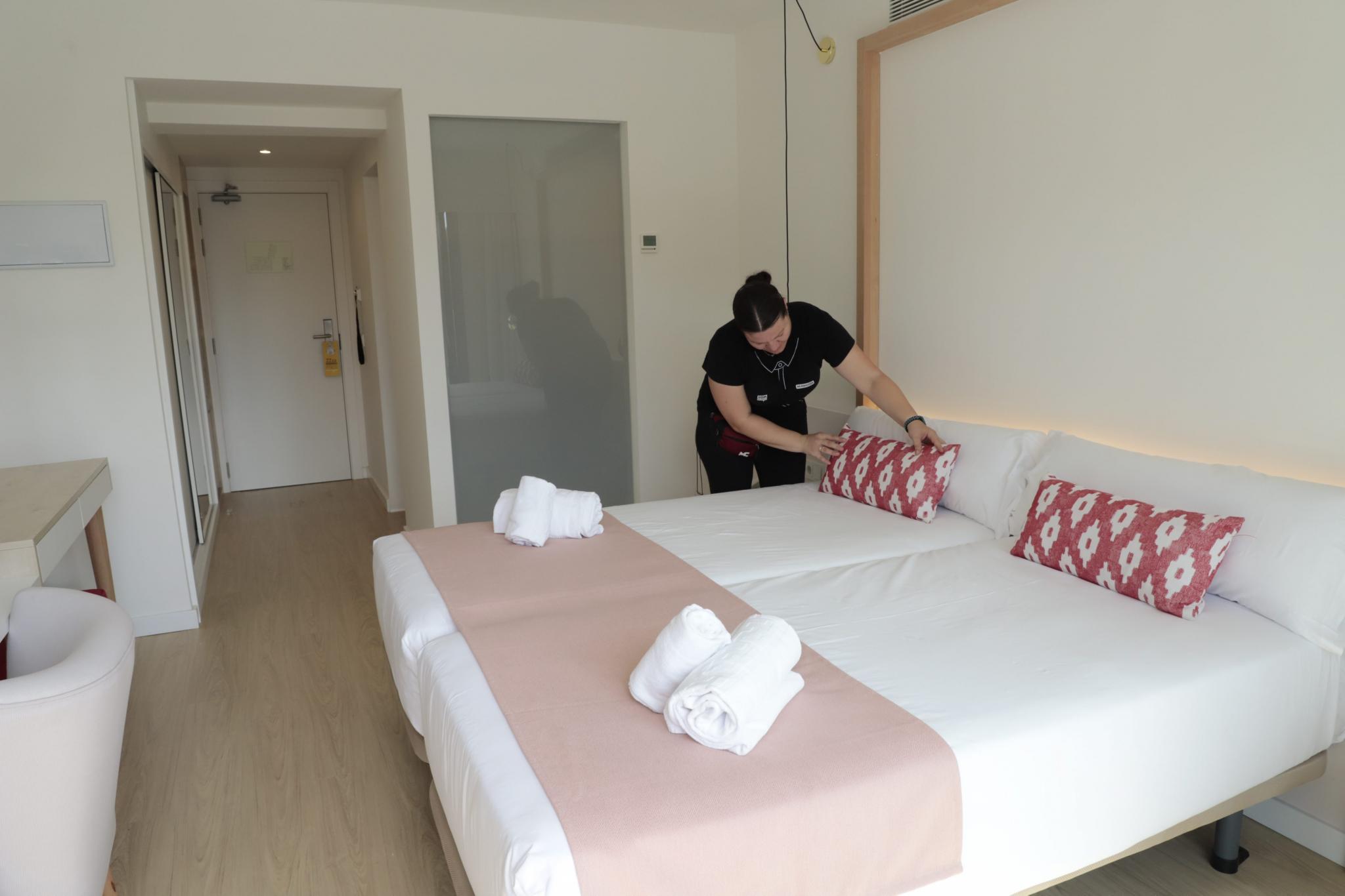 PORTO CRISTO - HOTELES - EL HOTEL SOM DONA DE PORTO CRISTO ES EL PRIMER HOTEL EXCLUSIVO PARA MUJERES