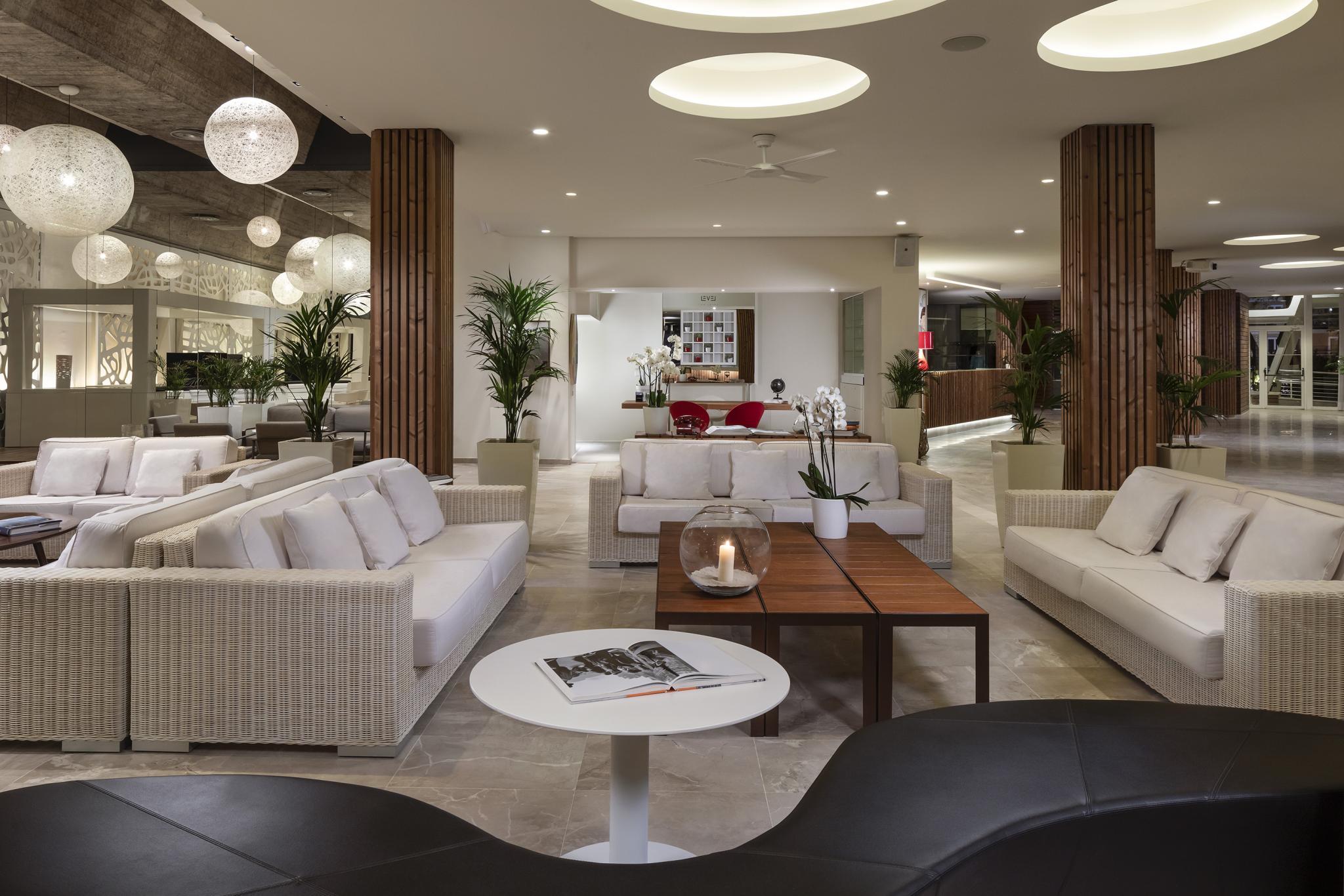 Melia South Beach - lobby