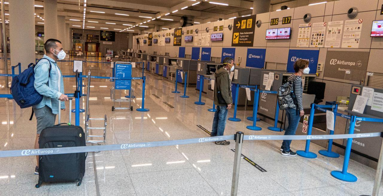Spain extends limitation of flights from the UK until January 19