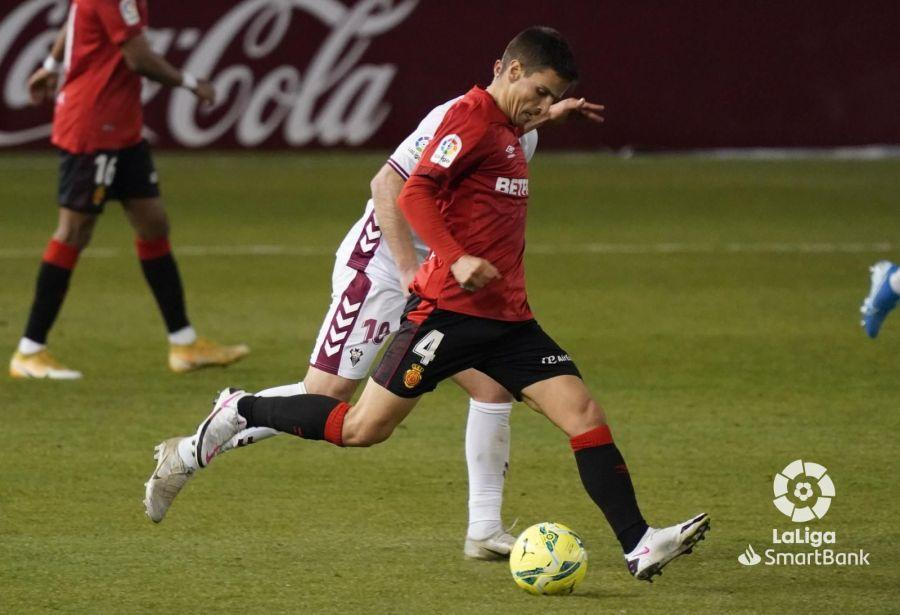 Lucky strike puts Mallorca six points clear