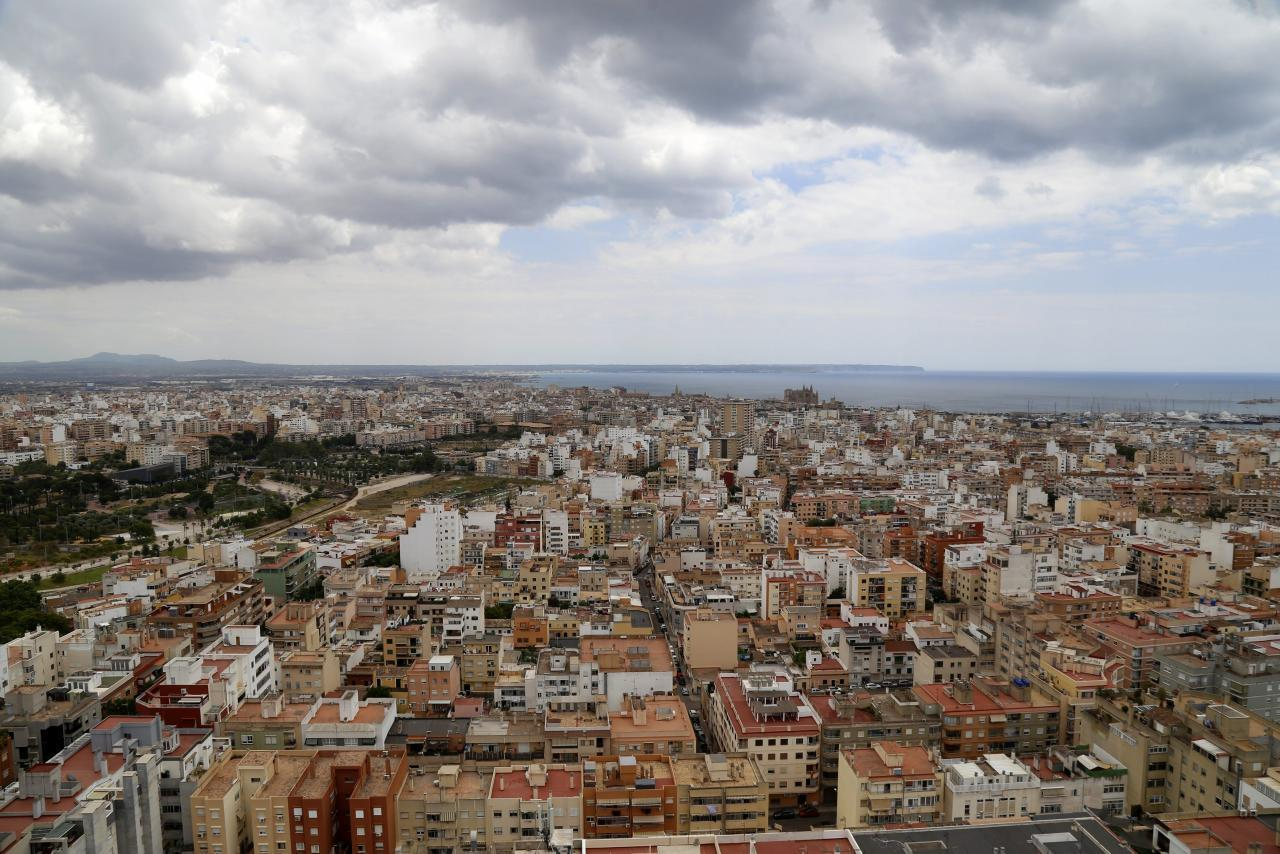 Balearics house prices in February higher than other regions