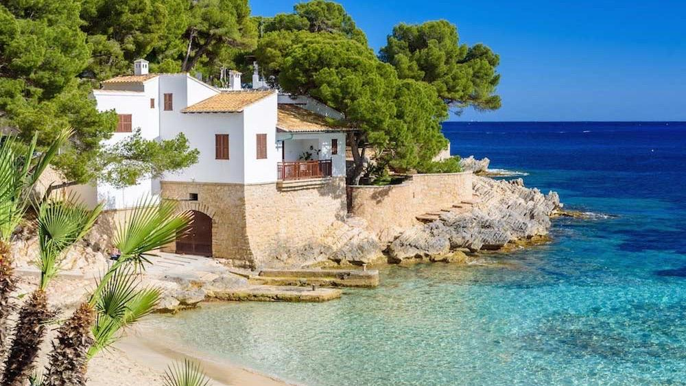 Balearic Islands top the list of hottest destinations for UK travellers