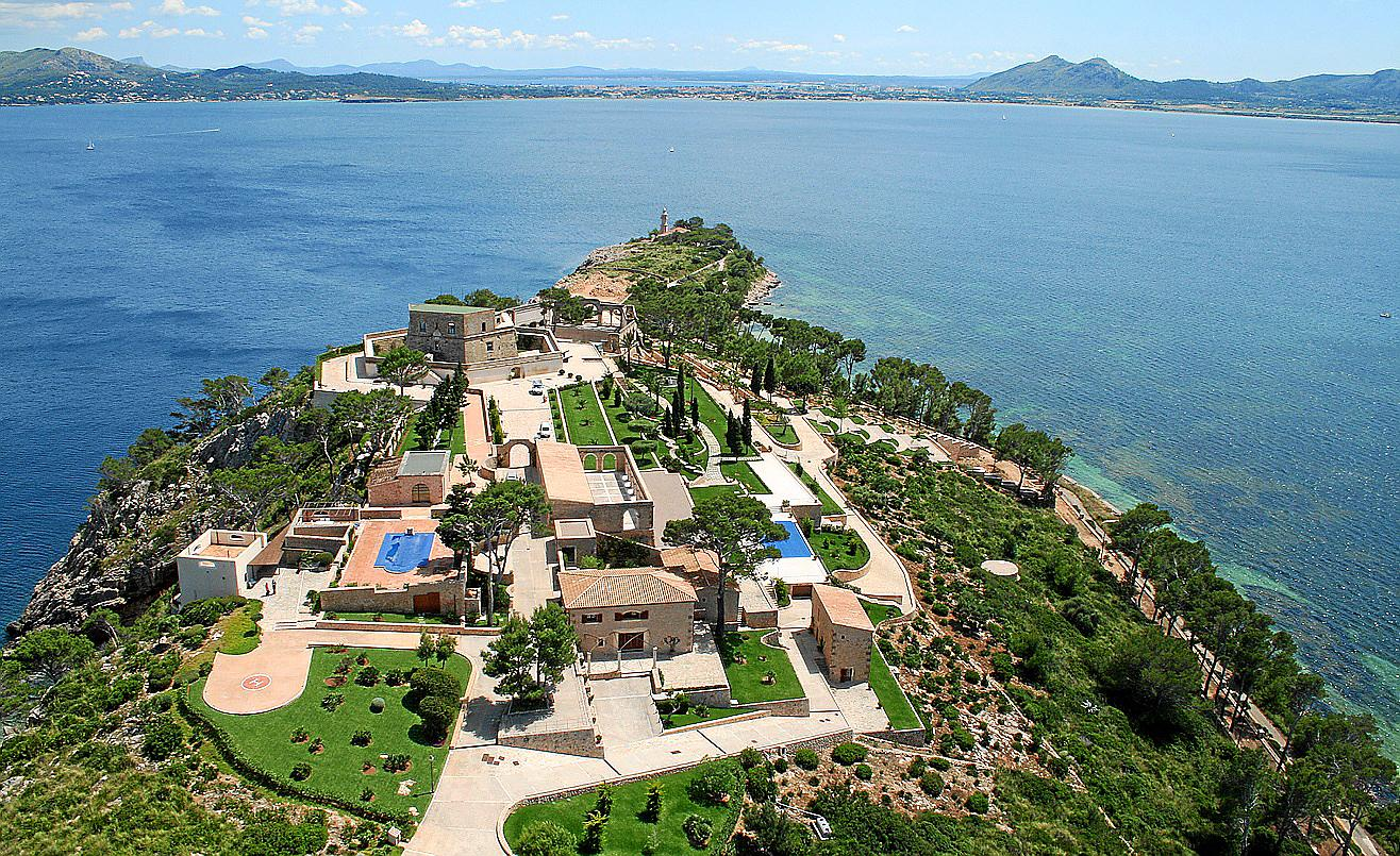 Top Tory donor to open 60 million Pollensa estate to the ...