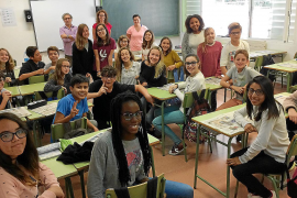 Over 2,000 Balearic teachers can take classes in English