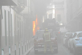 Five hurt in Palma garage blaze