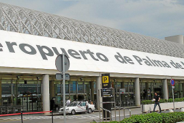 Changing the airport's name would cost 500,000 euros